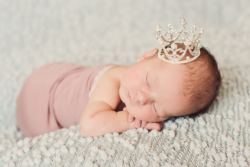 Princess Crown Newborn Photography, Erie PA Newborn Photography